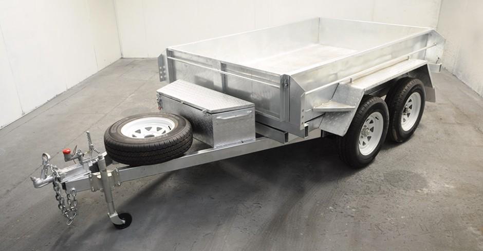 8 x 5 Tandem Axle 3 Tonne Hydraulic Tipper