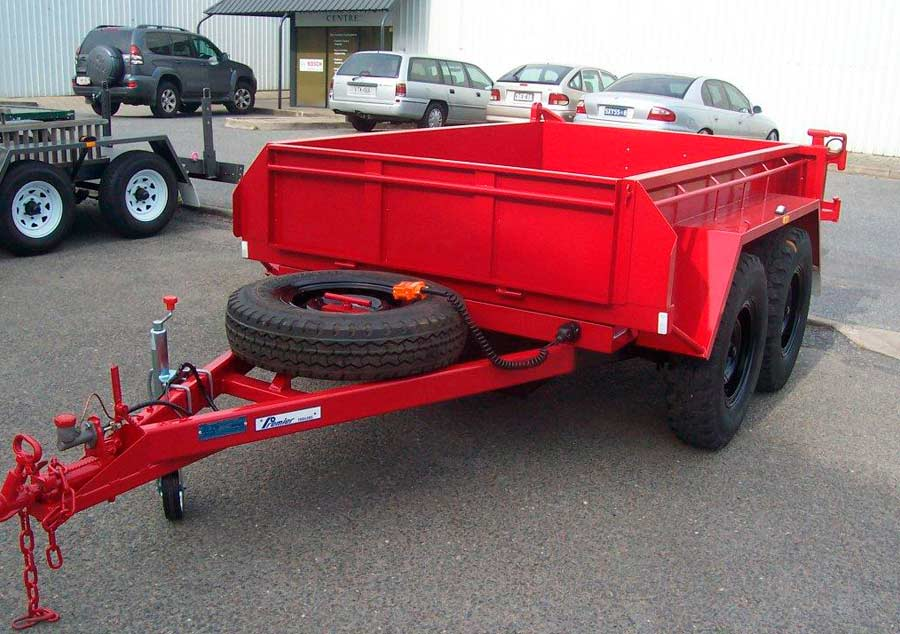 8x5 tandem tipper with swing out rear gate